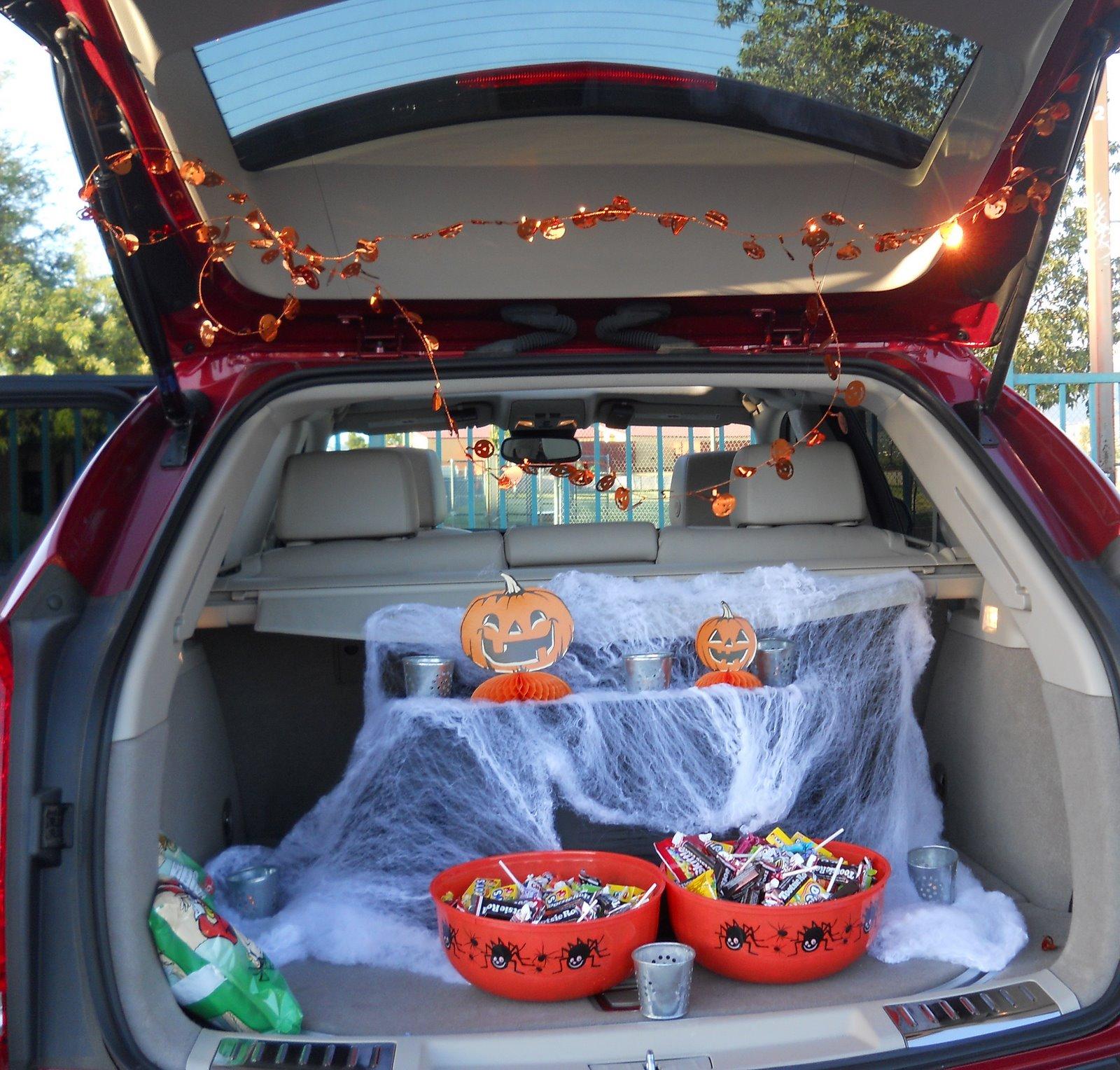 Trunk Halloween Decorating Ideas: The Burrow: Halloween Trunk Or Treat