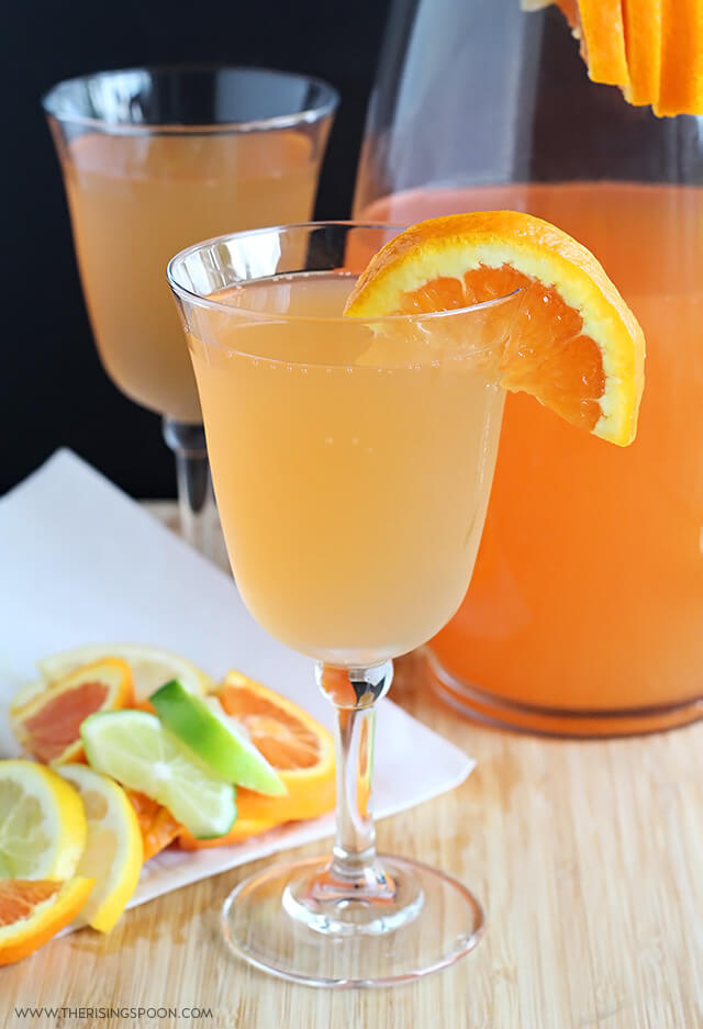 Thanksgiving Drink Recipe: Citrus White Wine Spritzers