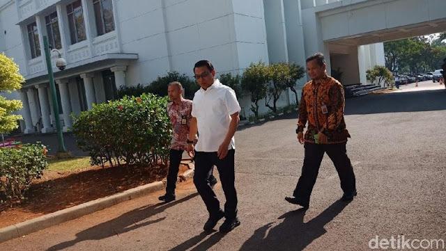 Moeldoko dan Bambang Brodjonegoro Turut Temui Jokowi di Istana