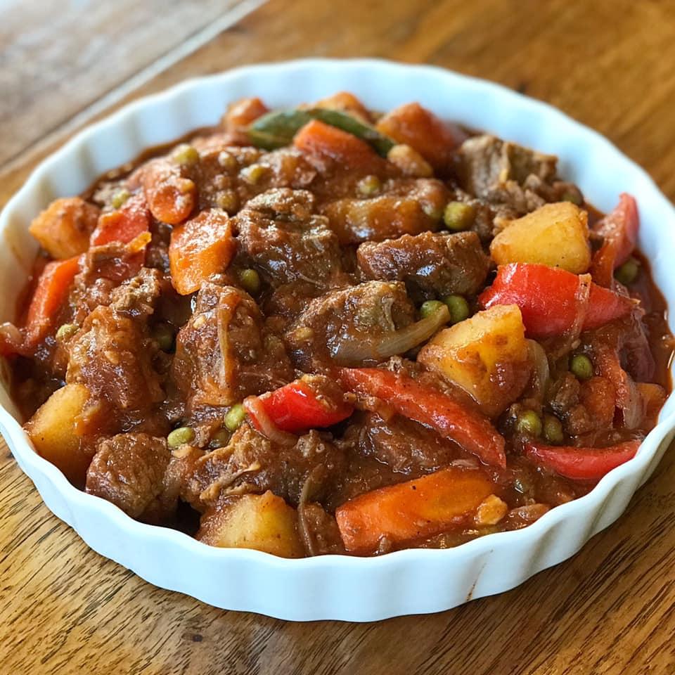 Casa Baluarte Filipino Recipes: Beef Kaldereta