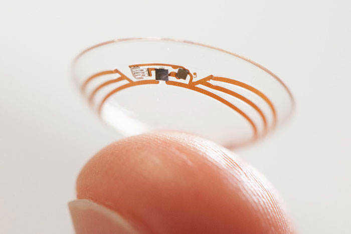 Contact lenses to monitor glucose levels
