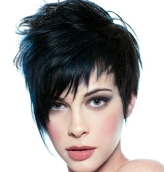 Model rambut pendek wanita tomboy