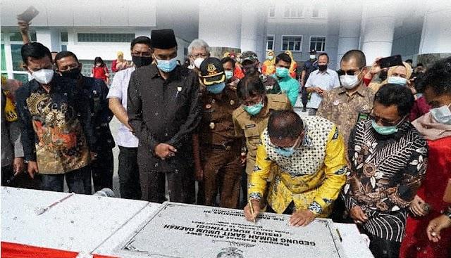 Wali Kota Bukittinggi Meresmikan RSUD Kota Bukittinggi, Termegah se-Sumatera Barat