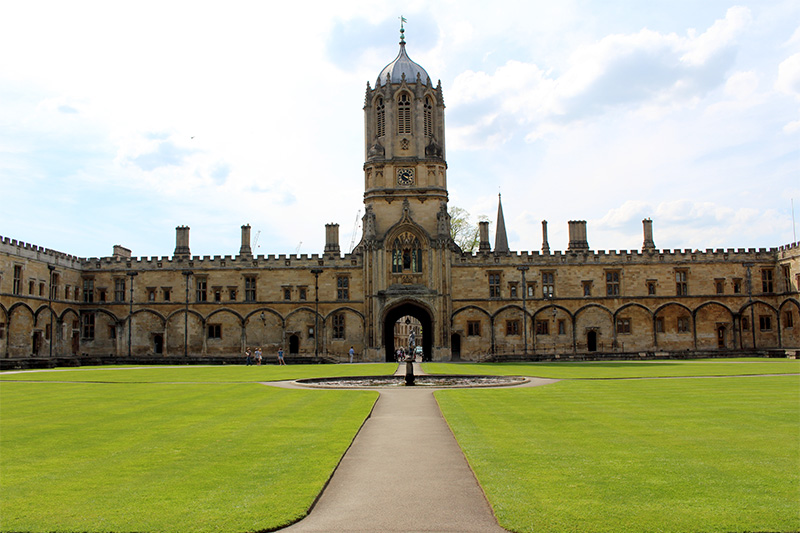Christ Church, Tom Tower, Oxford, England, UK, best things to see in oxford uk, Oxford university,