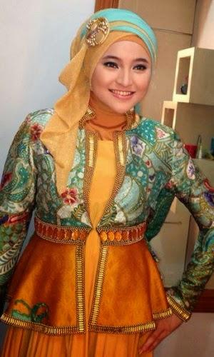 Busana Muslim Artis Marshanda