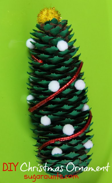 Pine cone Christmas tree craft and ornament. Great for fine motor skills. By Sugar Aunts