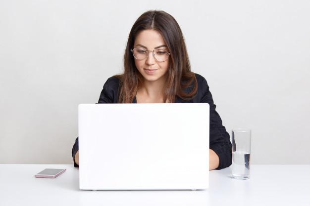 Saatnya Belajar Daring Menggunakan laptop di Masa Pandemi