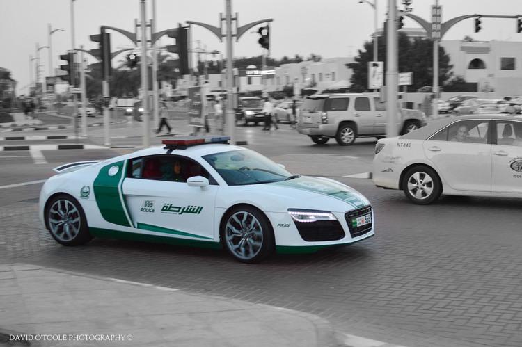 r8 Τα 10 ακριβότερα περιπολικά στο Ντουμπάι