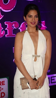 Actress Tanya Choudhary Stills in White Dress at Apsara Awards 2016 0005.jpg