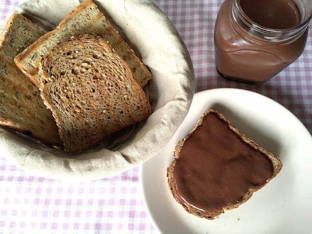 Crema de chocolate y avellanas proteica