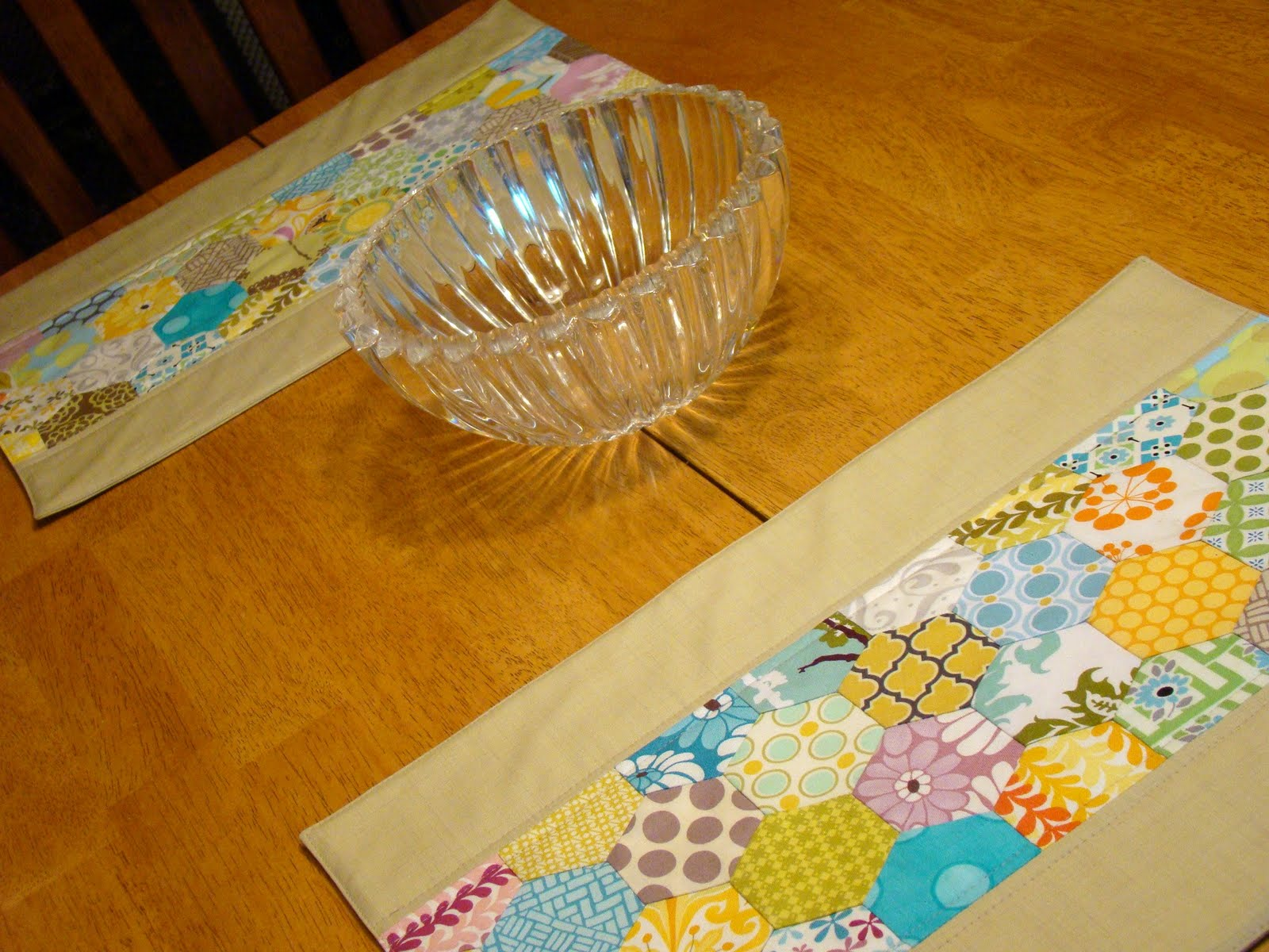 Sewcraftyjess Accuquilt Go Hexagons Placemat Tutorial