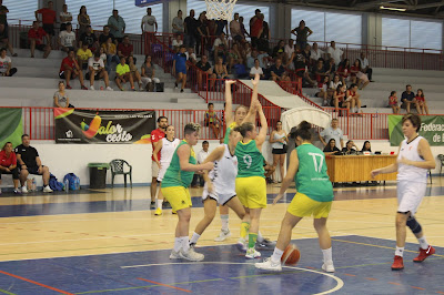 El CB Andújar desata un derbi igualado ante el CAB mientras que Jaén y Martos caen en la Nacional Femenina