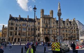 Alrededores de la Westminster Abbey.