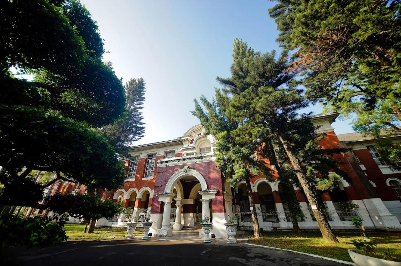 台南女中內低調市定古蹟 104年歷史原台南高等女學校本館修復開始