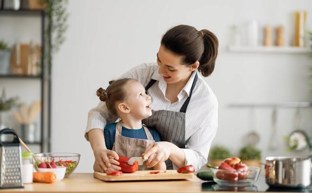 Mengembangkan Kebiasaan Makan Sehat Pada Anak