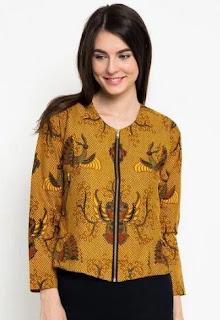 Baju batik wanita untuk kerja dengan desain elegan