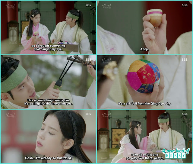 10 prince brought gifts for hae soo - Moon Lovers: Scarlet Heart Ryeo - Episode 4 Review
