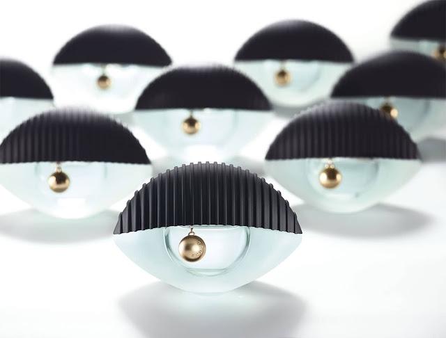 Kenzo World - oficjalna fotografia promująca perfumy