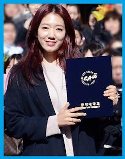 Park Shin-Hye Graduated From Chung-Ang University