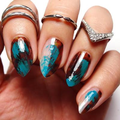 Teal Tortoise Nails