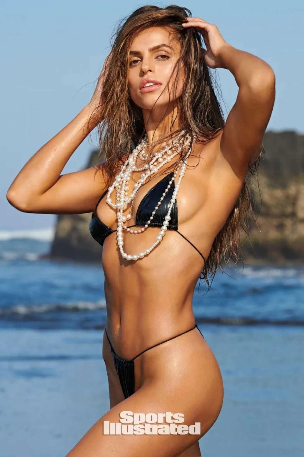Brooks Nader Spicy Photos in Bikini