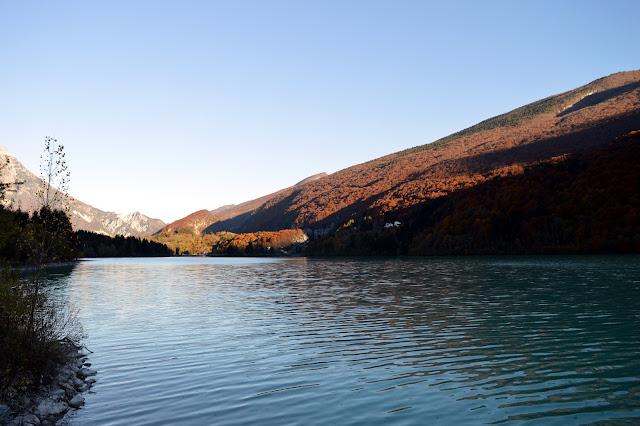 lago di barcis e sentiero del dint