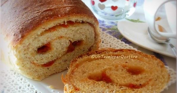 Pan bauletto dolce alle nocciole e bacche di Goji