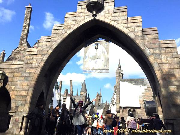 beautiful architecture at harry potter