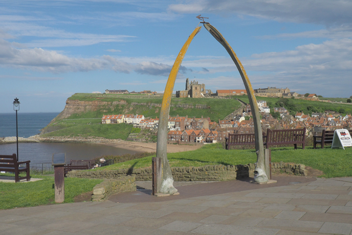 Planning a trip to a UK seaside? Take a look a my suggestions on how to spend a weekend in Whitby and why it's the perfect place for a little getaway!