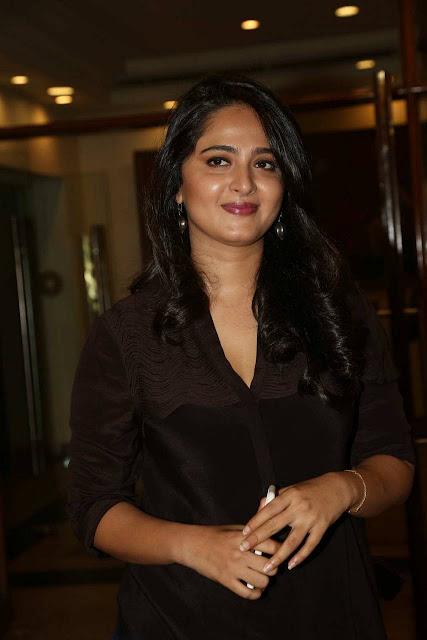 Actress Anushka Shetty Pretty Cute Pics Actress Trend