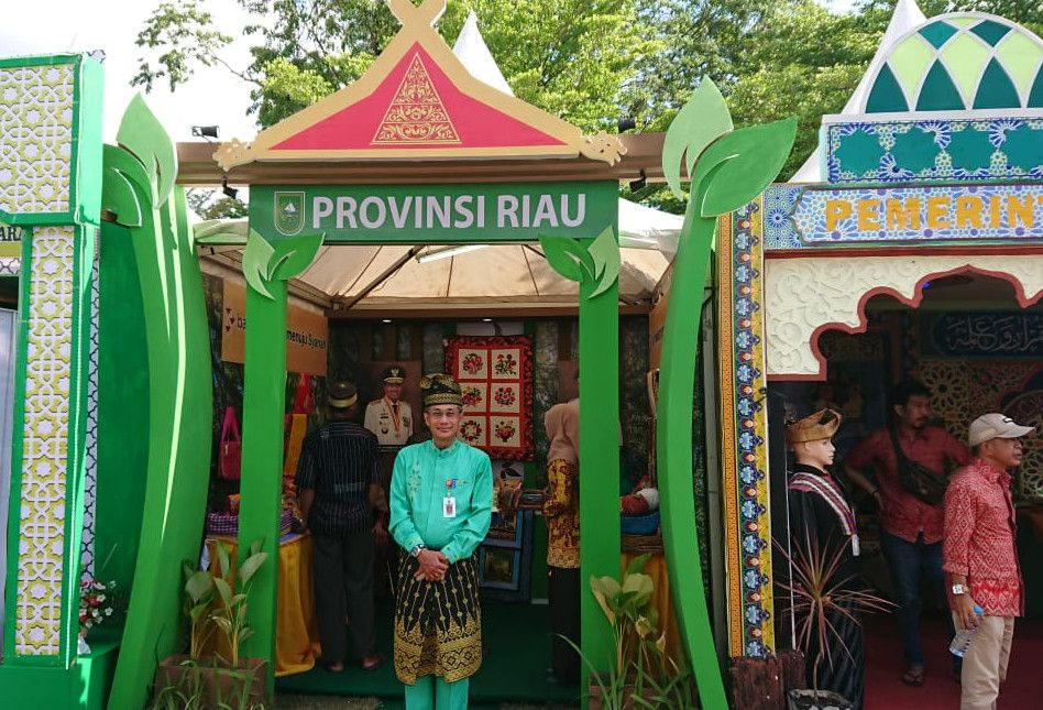 Stand STQ Riau Tonjolkan Aneka Produk Daerah
