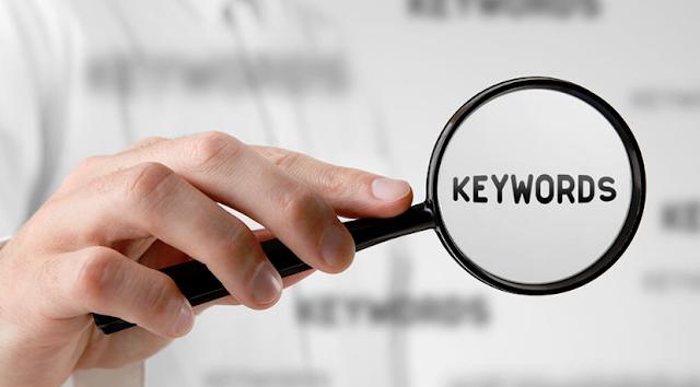 أهمية تنوع الكلمات الرئيسية في المقالات الترويجية