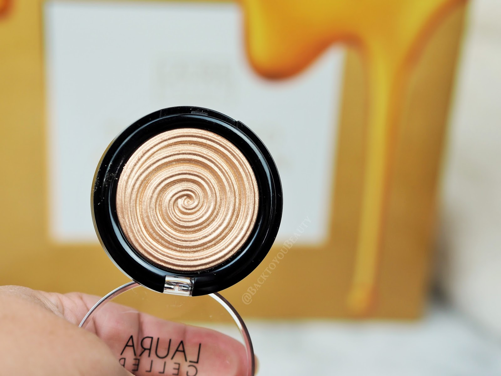 Gilded Honey Highlighter