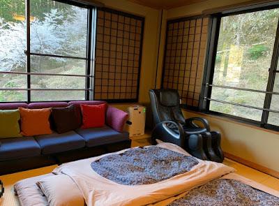 船山温泉 駐車場側の部屋
