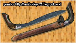 34 Senjata Tradisional Indonesia Lengkap Gambar dan ...