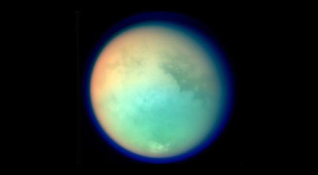 Titan-Moon-990x545.jpg