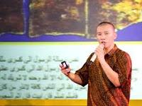 Kisah Mualaf - Perjalanan Felix Siauw Yang Akhirnya Memilih Islam