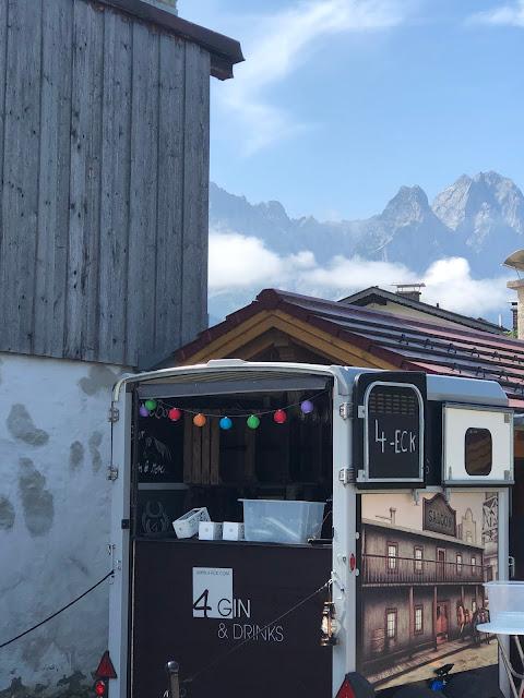 Horseboxbar 4 Gin & Drinks, Sommer-CocktailNacht 4.0, Cocktailnight, 4Eck Garmisch-Partenkirchen, Peter Laffin, Uschi Glas, Sven Karge, WNDRLX, PURE Resort Pitztal, Tirol, Nacht der Freundschaft