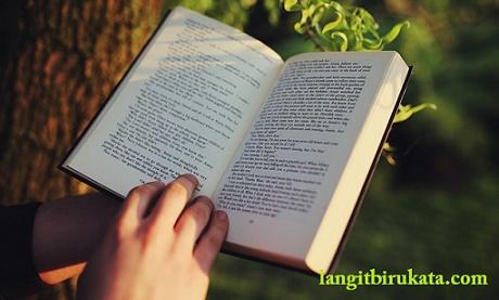 Strategi Dasar Membaca Teks Inggris