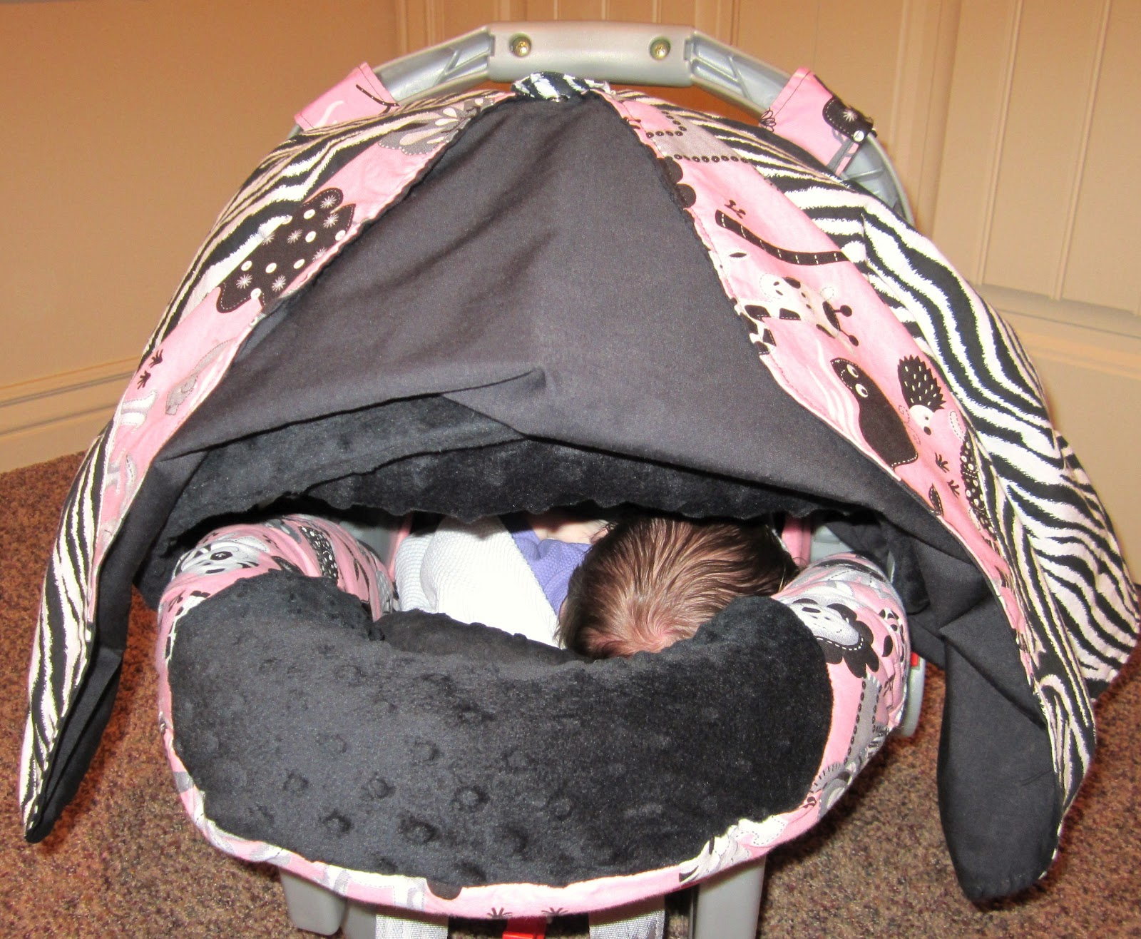 Sewin Sanity: Carseat Canopy