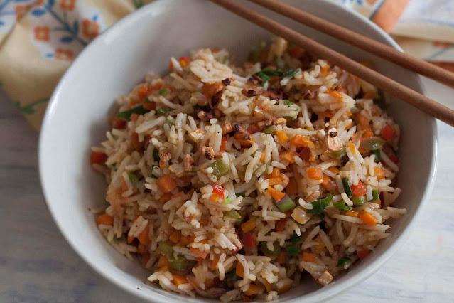 Homemade Burnt Garlic Fried Rice recipe Restaurant Style