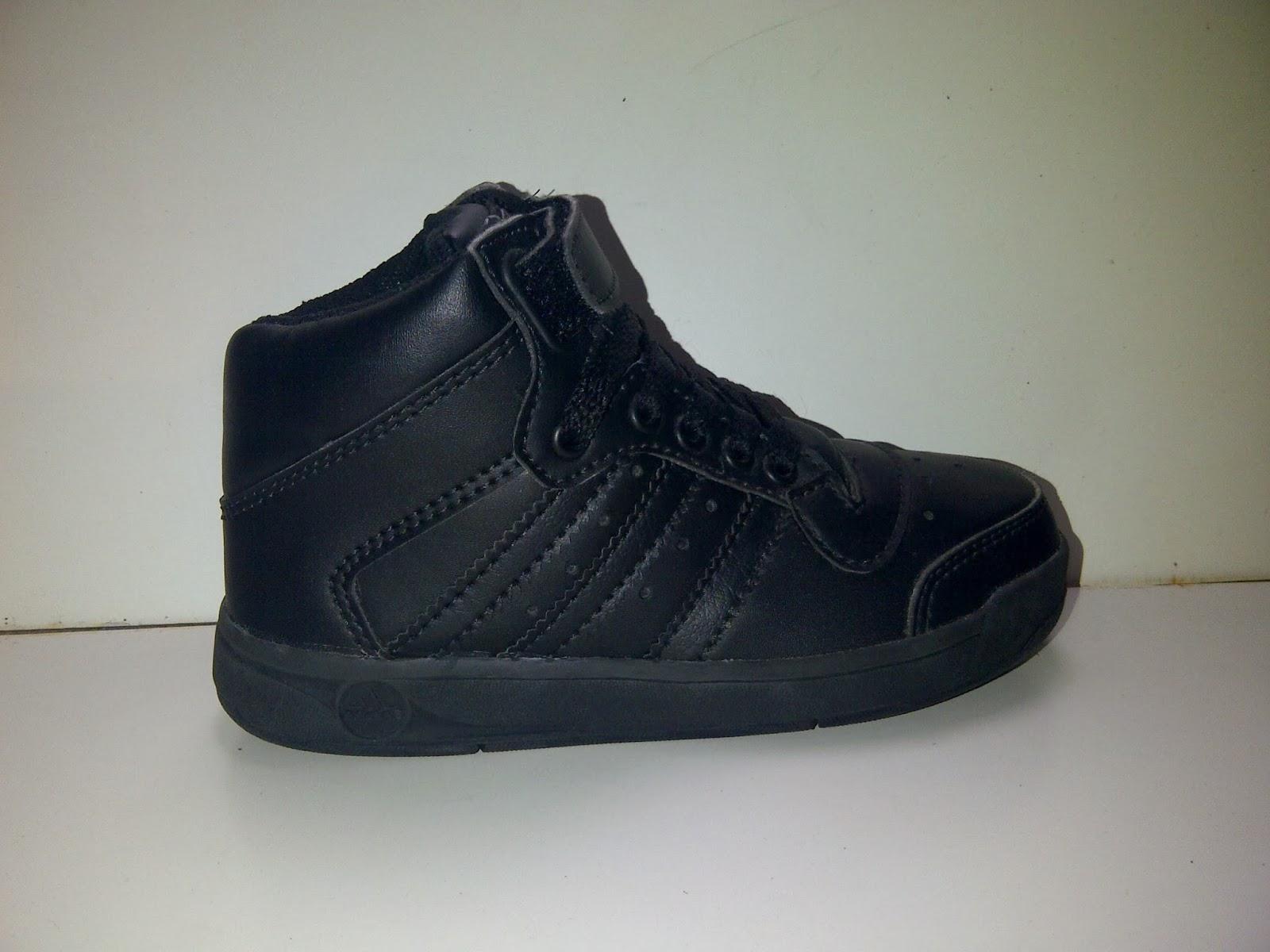 Sepatu Adidas Mini