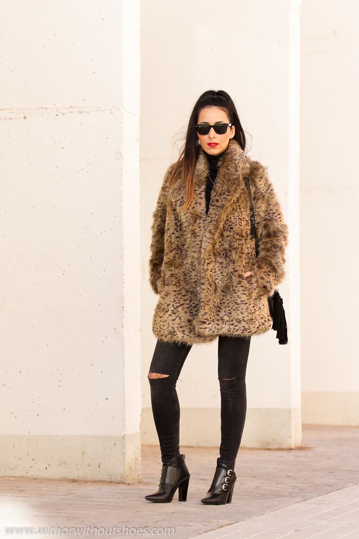 Blogger de moda valenciana con estilo de moda
