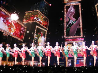 High-kicking Rockettes, Radio City Music Hall Christmas Spectacular, New York, New York