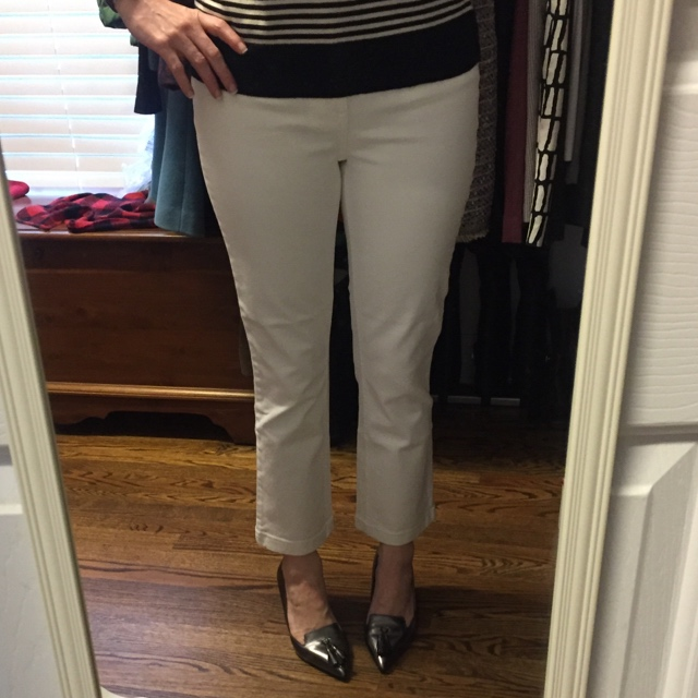 8c6dc634984 I found them to run tts and purchased both the bergen wash and white in my  normal jean size. They are currently 25% off (use code SHOPNOW)