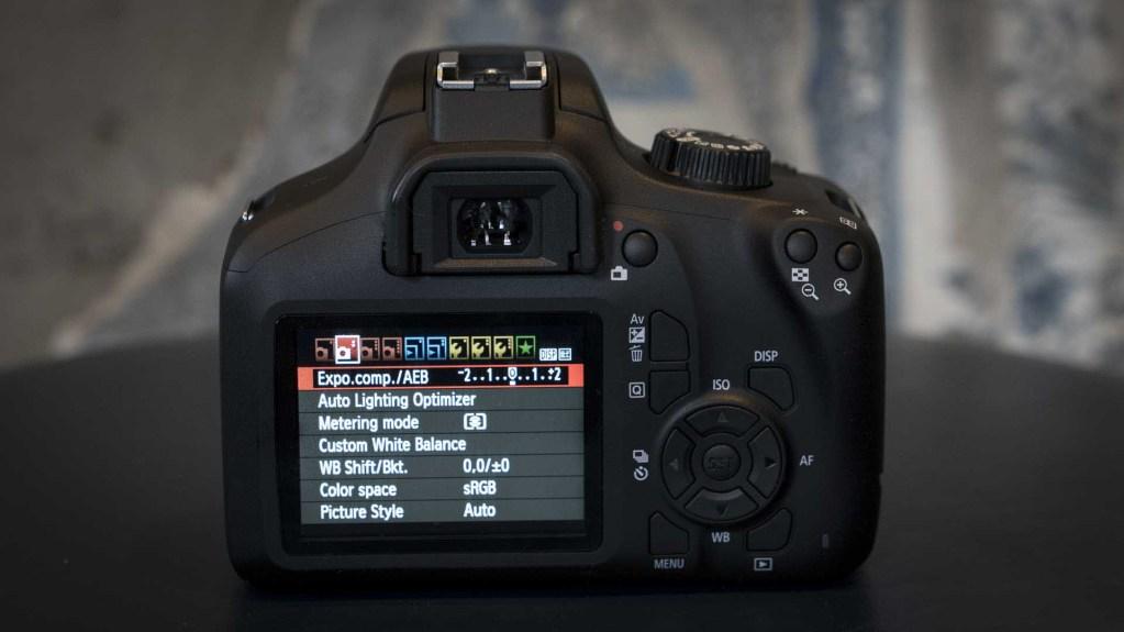 Canon EOS 4000D, меню