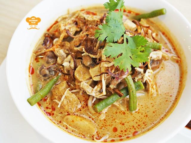Curry Laksa Eatropica Cafe Menara 1 Sentrum Nu Sentral Brickfield Kuala LumpurWestern and Malaysian Food at Eatropica Cafe Menara 1 Sentrum Nu Sentral Brickfield Kuala Lumpur