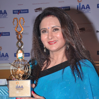 Poonam Dhillon age, daughter, second marriage, husband, son, photos, family, hot, husband name, movies, kids, image, date of birth, husband ashok thakeria, children