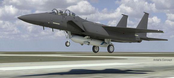 F-15 Strike Eagle dan peluncur satelit