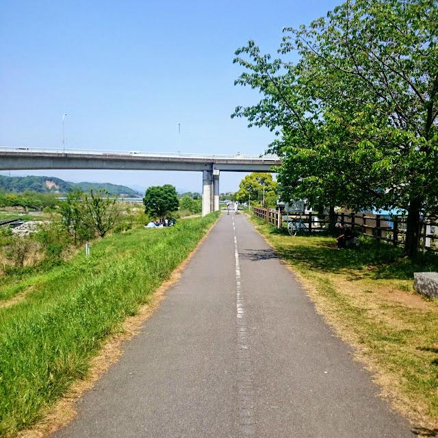 多摩川サイクリングロード 羽村大橋